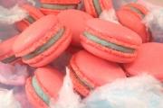 Bubble Gum Macarons - Cavallaros